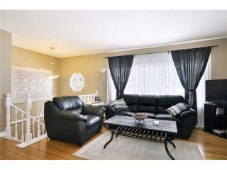 Photo 3: 712 Hunterplain Hill NW in Calgary: Huntington Hills Residential Detached Single Family for sale : MLS®# C3467636