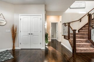 Photo 3: 21 Sherwood Way NW in Calgary: Sherwood Detached for sale : MLS®# A1100919