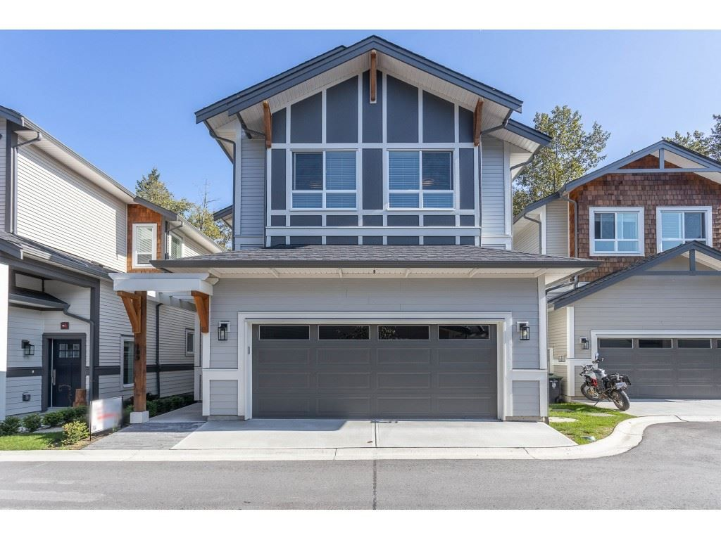 Main Photo: 109 8217 204B STREET in Langley: Willoughby Heights Townhouse for sale : MLS®# R2505195