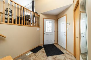 Photo 2: 15604 49 Street in Edmonton: Zone 03 House for sale : MLS®# E4235919