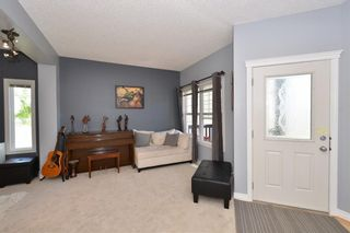 Photo 4: 121 EVERWOODS Court SW in Calgary: Evergreen Detached for sale : MLS®# C4306108