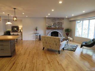 Photo 2: 3793 Vialoux Drive in Winnipeg: Residential for sale (1F)  : MLS®# 1811449