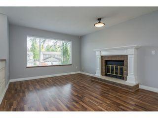 "Photo 3: 8917 213 Street in Langley: Walnut Grove House for sale in ""Walnut Grove - James Kennedy"" : MLS®# R2204903"