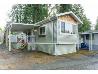 """Photo 7: 14 24330 FRASER Highway in Langley: Otter District Manufactured Home for sale in """"Langley Grove Estates"""" : MLS®# R2518685"""