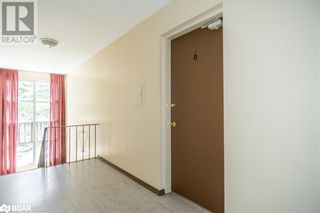 Photo 12: 74 SANFORD Street Unit# 6 in Barrie: Condo for lease : MLS®# 40155545