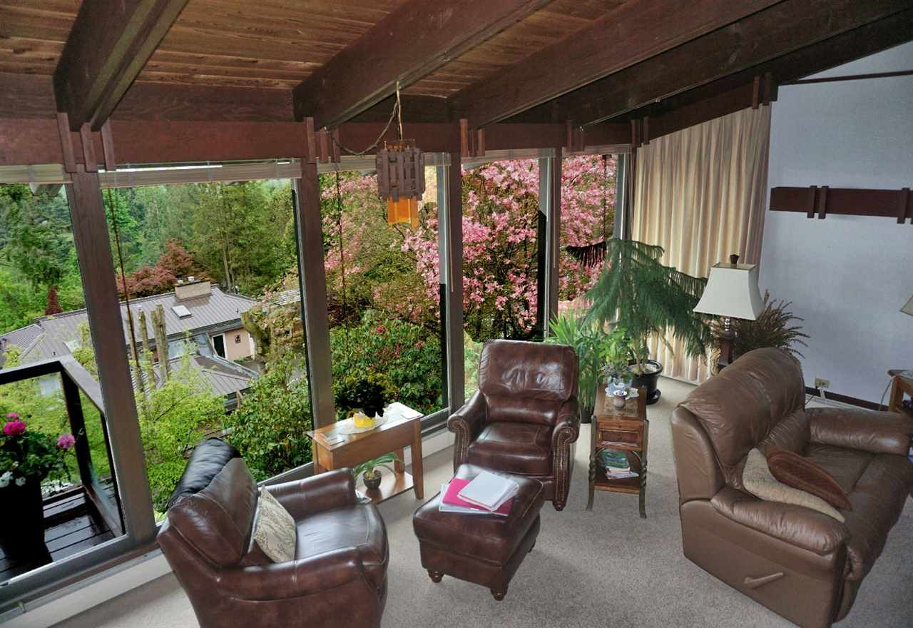 Photo 7: Photos: 10040 TIMBERLINE Place in Chilliwack: Little Mountain House for sale : MLS®# R2167640