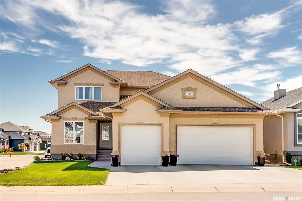 Main Photo: 329 Player Crescent in Warman: Residential for sale : MLS®# SK845167
