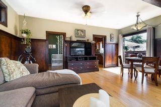 Photo 5: 15591 VICTORIA Avenue: House for sale in White Rock: MLS®# R2604648