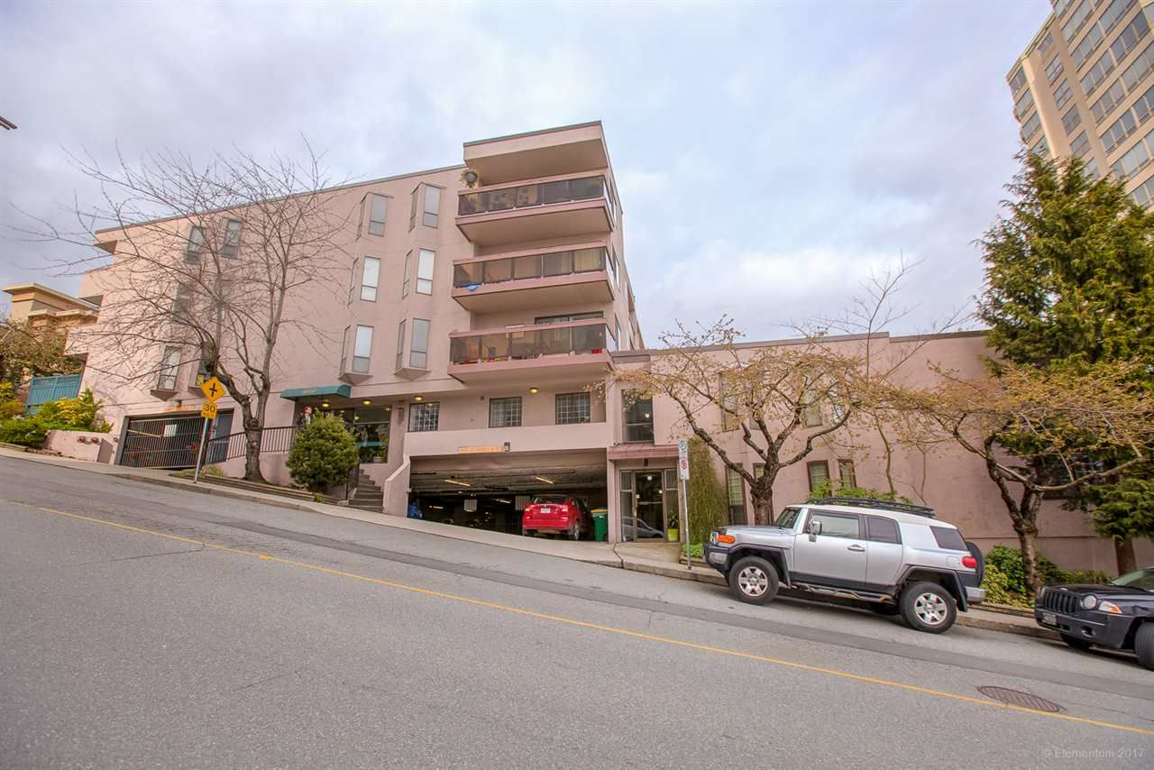 """Main Photo: 306 45 FOURTH Street in New Westminster: Downtown NW Condo for sale in """"DORCHESTER HOUSE"""" : MLS®# R2274181"""