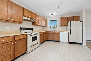 Photo 19: 110 2740 S Island Hwy in : CR Willow Point Condo for sale (Campbell River)  : MLS®# 875491