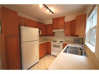 """Photo 6: 109 1438 PARKWAY Boulevard in Coquitlam: Westwood Plateau Condo for sale in """"MONTREUX"""" : MLS®# V910536"""