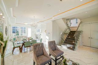 Photo 5: 5805 CULLODEN Street in Vancouver: Knight House for sale (Vancouver East)  : MLS®# R2502667