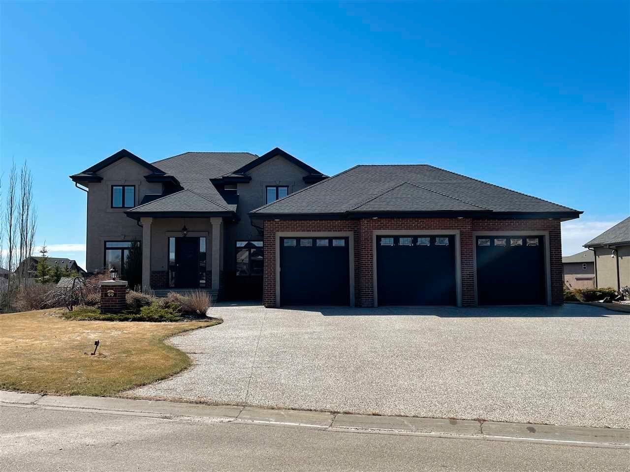 Main Photo: 99 23033 WYE Road: Rural Strathcona County House for sale : MLS®# E4241755
