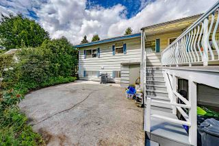 """Photo 33: 1770 BOWMAN Avenue in Coquitlam: Harbour Place House for sale in """"Harbour Chines/ Chineside"""" : MLS®# R2575403"""