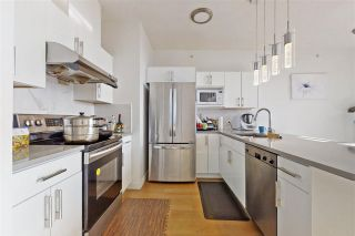 """Photo 4: 806 5657 HAMPTON Place in Vancouver: University VW Condo for sale in """"STRATFORD"""" (Vancouver West)  : MLS®# R2541354"""