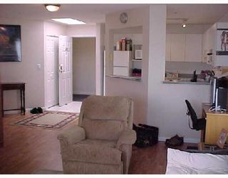 """Photo 4: 409 2960 PRINCESS Crescent in Coquitlam: Canyon Springs Condo for sale in """"THE JEFFERSON"""" : MLS®# V653813"""