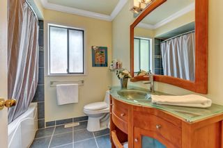 """Photo 33: 1929 AMBLE GREENE Drive in Surrey: Crescent Bch Ocean Pk. House for sale in """"Amble Greene"""" (South Surrey White Rock)  : MLS®# R2579982"""