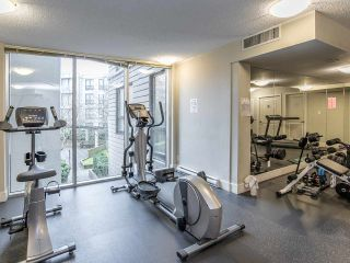 """Photo 17: 2410 3663 CROWLEY Drive in Vancouver: Collingwood VE Condo for sale in """"LATITUTDE"""" (Vancouver East)  : MLS®# R2140003"""