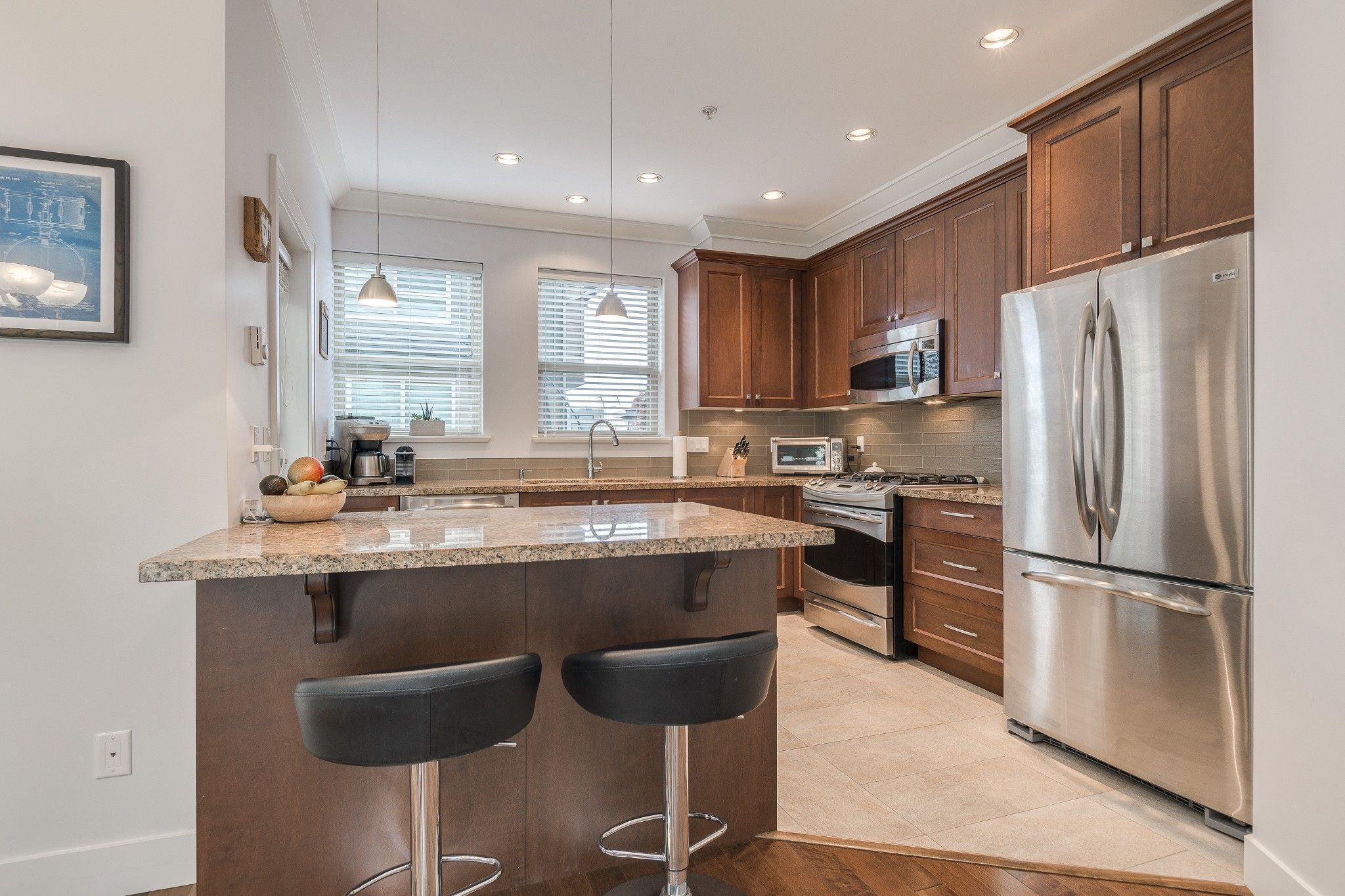 Photo 4: Photos: 24 897 Premier Street in : Lynnmour Townhouse for sale (North Vancouver)