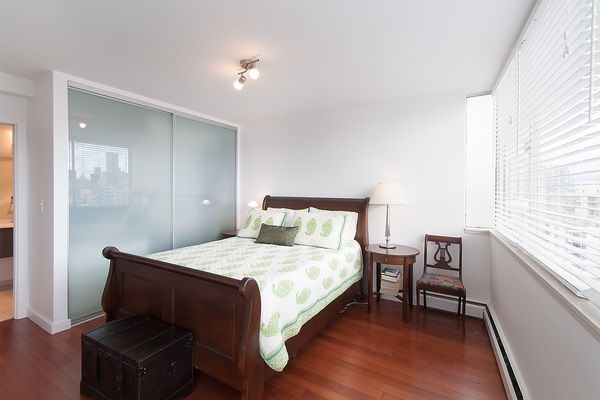 """Photo 15: Photos: 1601 2055 PENDRELL Street in Vancouver: West End VW Condo for sale in """"Panorama Place"""" (Vancouver West)  : MLS®# R2046981"""