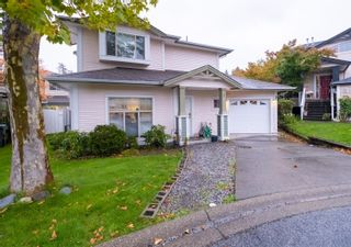 """Photo 3: 33 8675 209 Street in Langley: Walnut Grove House for sale in """"THE SYCAMORES"""" : MLS®# R2625315"""