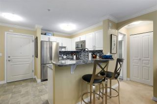 """Photo 8: 311 960 LYNN VALLEY Road in North Vancouver: Lynn Valley Condo for sale in """"BALMORAL HOUSE"""" : MLS®# R2432064"""