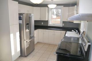 Photo 3: 1157 Parker Avenue in : West Fort Garry Single Family Detached for sale (South Winnipeg)  : MLS®# 1603925