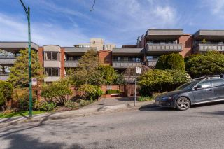"Photo 20: 316 1405 W 15TH Avenue in Vancouver: Fairview VW Condo for sale in ""Landmark Grand"" (Vancouver West)  : MLS®# R2547802"