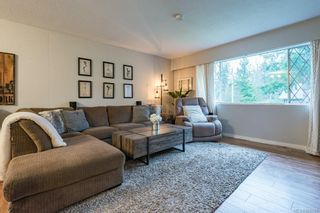 Photo 4: 1604 Dogwood Ave in Comox: CV Comox (Town of) House for sale (Comox Valley)  : MLS®# 868745