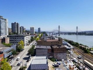 """Photo 4: 1206 668 COLUMBIA Street in New Westminster: Quay Condo for sale in """"Trapp Holbrook"""" : MLS®# R2185349"""