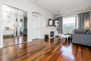 Photo 3: 211 2627 SHAUGHNESSY STREET in Port Coquitlam: Central Pt Coquitlam Condo for sale : MLS®# R2261490