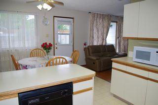 Photo 9: For Sale: 1705 2A Avenue N, Lethbridge, T1J 2J3 - A1118612