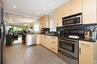 """Photo 7: 82 E 45TH Avenue in Vancouver: Main House for sale in """"MAIN STREET"""" (Vancouver East)  : MLS®# R2394942"""