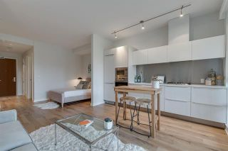 Photo 7: 210 1616 COLUMBIA STREET in : False Creek Condo for sale (Vancouver West)  : MLS®# R2324677