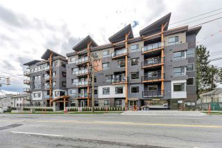 """Main Photo: 509 33568 GEORGE FERGUSON Way in Abbotsford: Central Abbotsford Condo for sale in """"The EDGE"""" : MLS®# R2567908"""