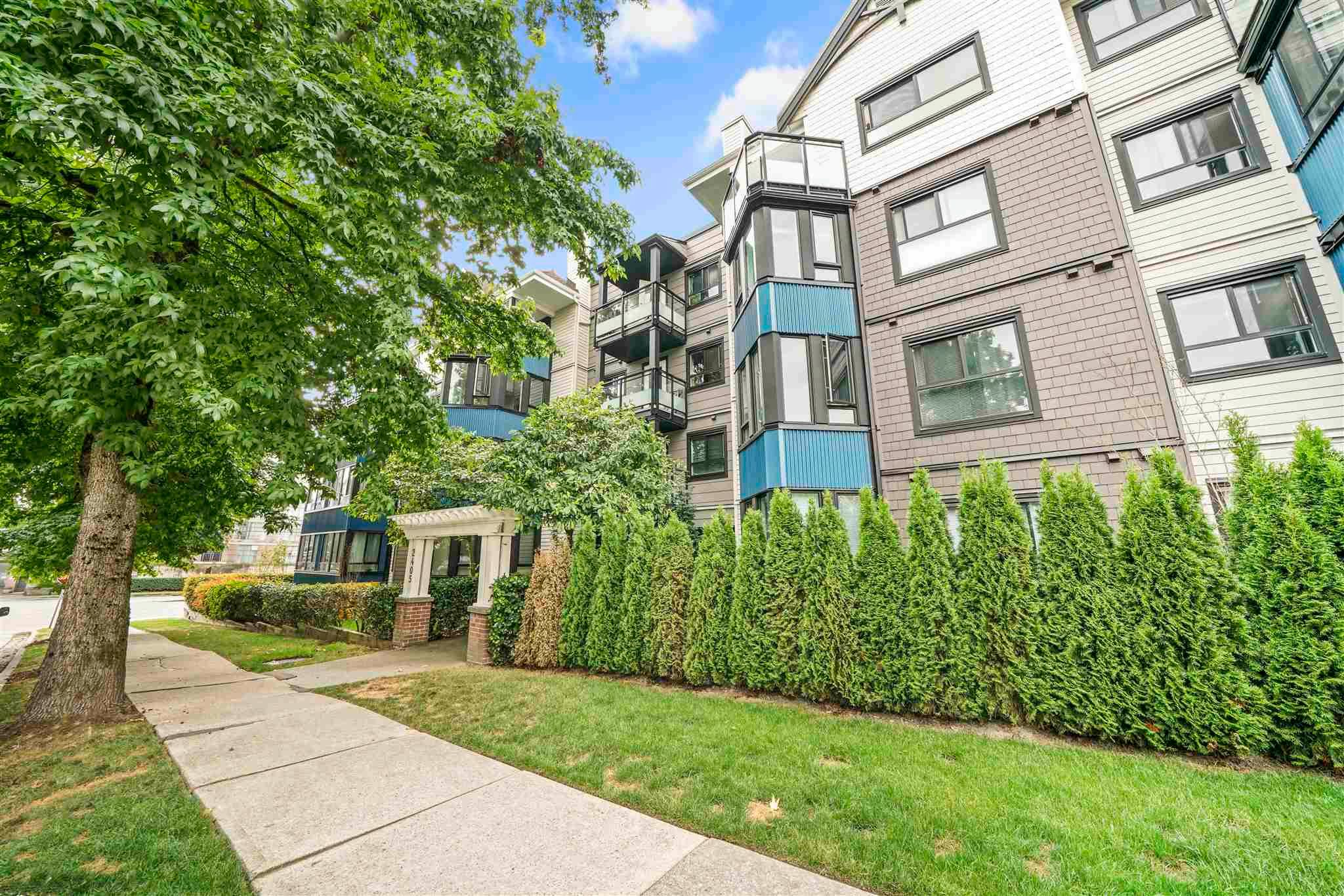 """Main Photo: 110 2405 KAMLOOPS Street in Vancouver: Renfrew VE Condo for sale in """"8th Avenue Garden Apartments"""" (Vancouver East)  : MLS®# R2615866"""
