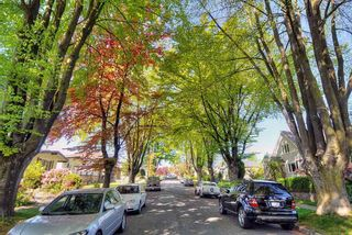 """Photo 17: 65 E 40TH Avenue in Vancouver: Main House for sale in """"Main Street"""" (Vancouver East)  : MLS®# R2050054"""