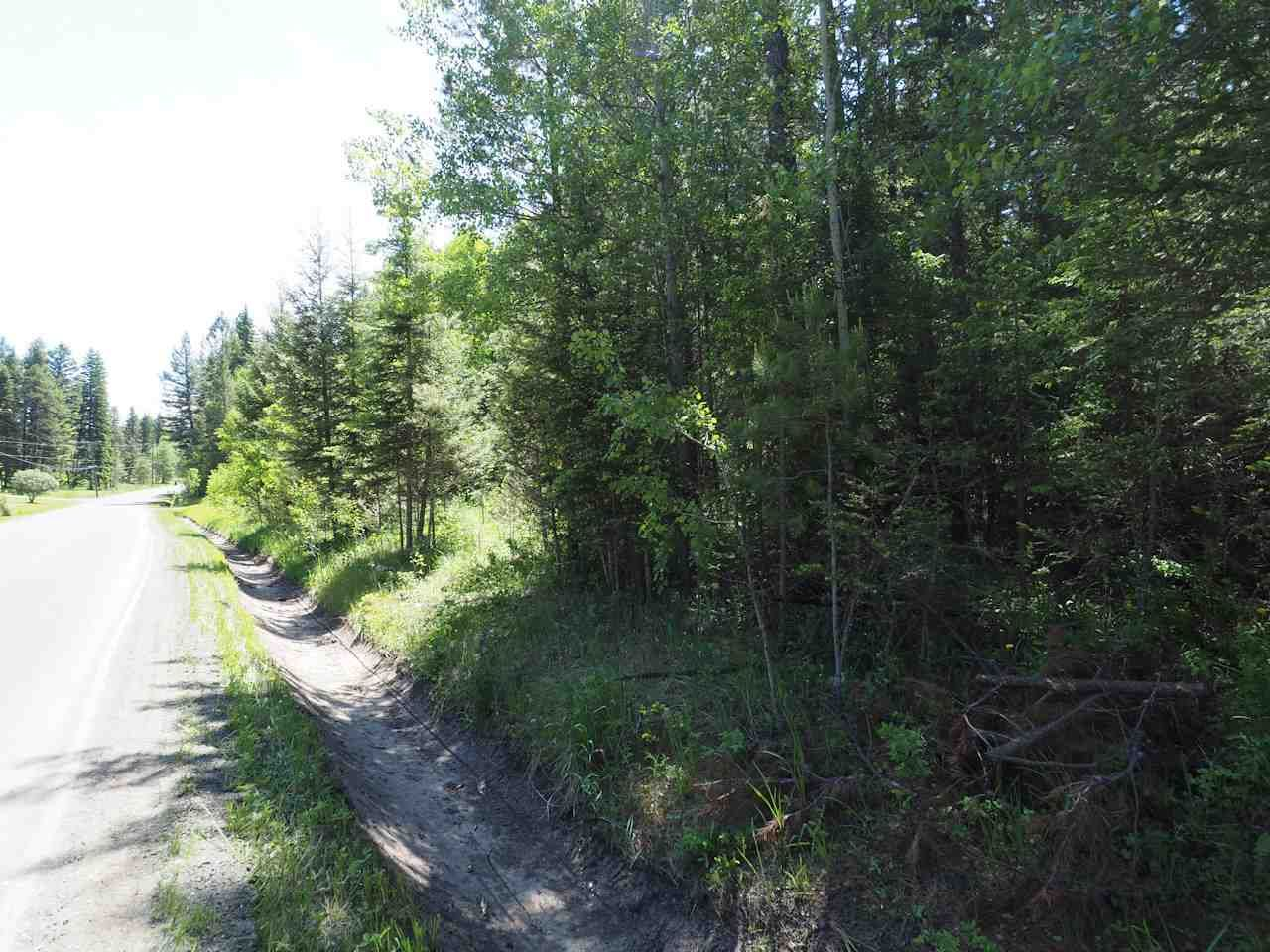 Photo 5: Photos: LOT 9 EASZEE Drive in 108 Mile Ranch: 108 Ranch Land for sale (100 Mile House (Zone 10))  : MLS®# R2467252