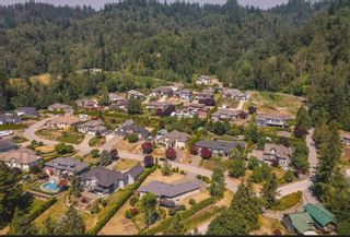 """Photo 14: 4320 ESTATE Drive in Chilliwack: Chilliwack River Valley House for sale in """"Williamsberg"""" (Sardis) : MLS®# R2598141"""