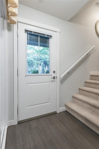 """Photo 21: 36 8138 204 Street in Langley: Willoughby Heights Townhouse for sale in """"Ashbury & Oak"""" : MLS®# R2503833"""