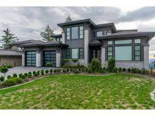"""Photo 1: 2461 EAGLE MOUNTAIN Drive in Abbotsford: Abbotsford East House for sale in """"Eagle Mountain"""" : MLS®# R2574964"""