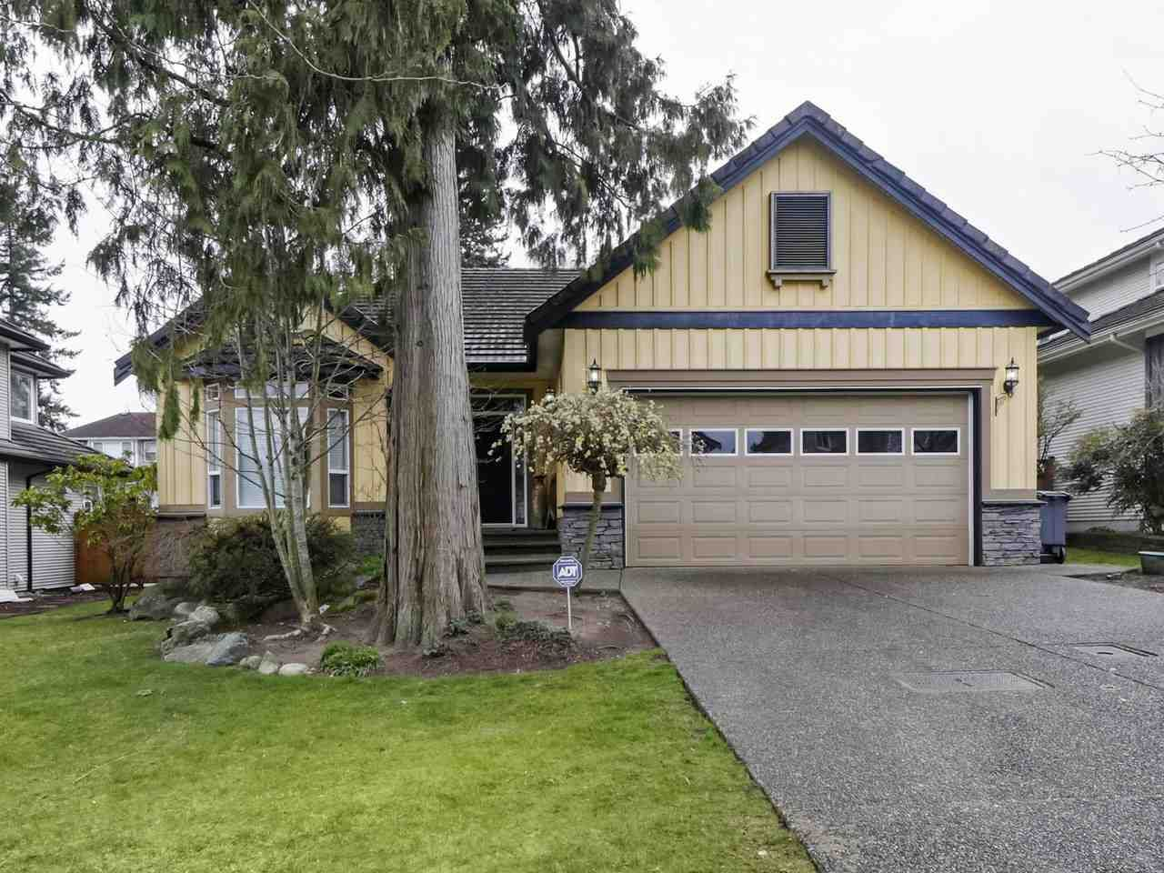 Main Photo: 14722 72A Avenue in Surrey: East Newton House for sale : MLS®# R2448341