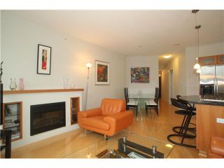 """Photo 3: 1004 1228 W HASTINGS Street in Vancouver: Coal Harbour Condo for sale in """"THE PALLADIO"""" (Vancouver West)  : MLS®# V1047777"""