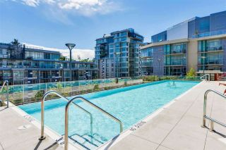 """Photo 19: 703 38 W 1ST Avenue in Vancouver: False Creek Condo for sale in """"THE ONE BY PINNACLE"""" (Vancouver West)  : MLS®# R2450251"""