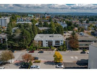 Photo 3: 206 1526 GEORGE STREET: White Rock Condo for sale (South Surrey White Rock)  : MLS®# R2618182