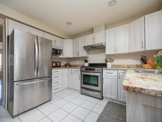 Photo 13: 9727 102 Street NW in Edmonton: Zone 12 Attached Home for sale : MLS®# E4241955