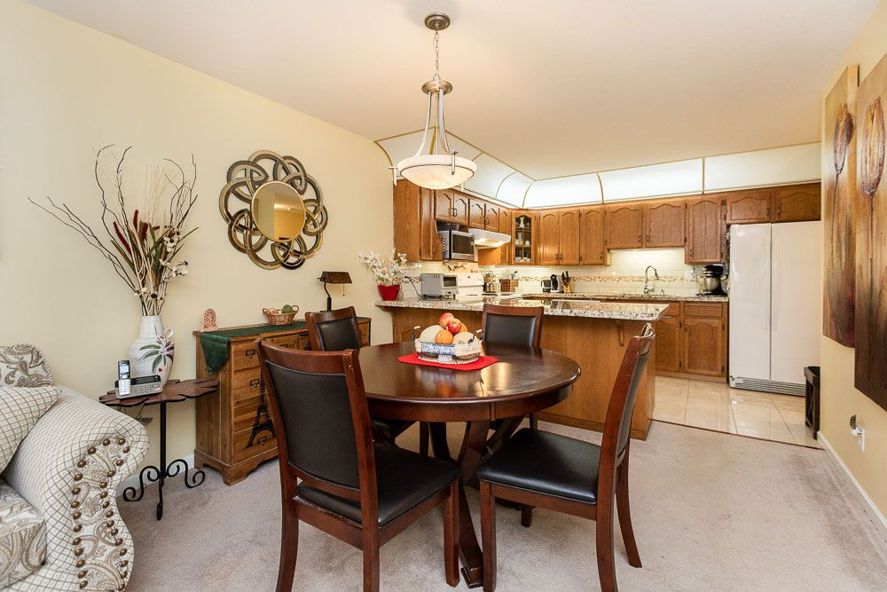 Photo 6: Photos: 110 11601 227 Street in Maple Ridge: East Central Condo for sale : MLS®# R2504284