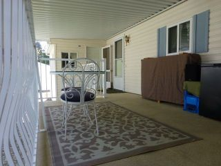 """Photo 16: 26 24330 FRASER Highway in Langley: Otter District Manufactured Home for sale in """"LANGLEY GROVE ESTATES"""" : MLS®# R2264005"""