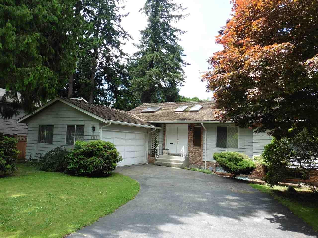 "Main Photo: 6683 STONEY Crescent in Delta: Sunshine Hills Woods House for sale in ""SUNSHINE HILLS"" (N. Delta)  : MLS®# R2470318"