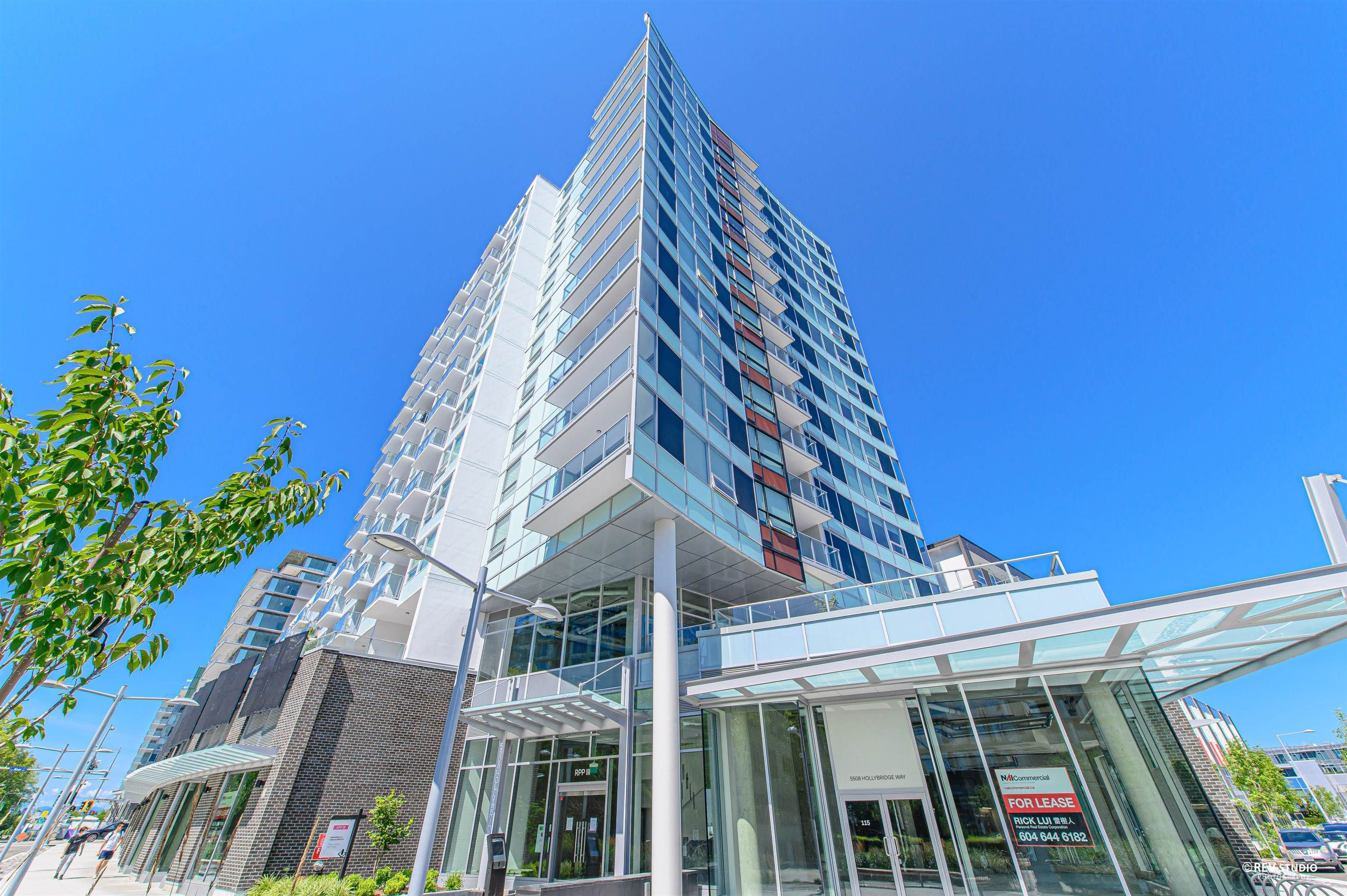 """Main Photo: 1002 5508 HOLLYBRIDGE Way in Richmond: Brighouse Condo for sale in """"RIVER PARK PLACE 3"""" : MLS®# R2622316"""